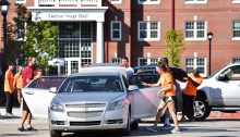 New students move in at Transylvania University.