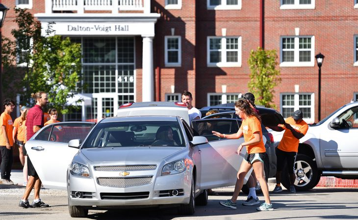 New students move in at Transylvania University.