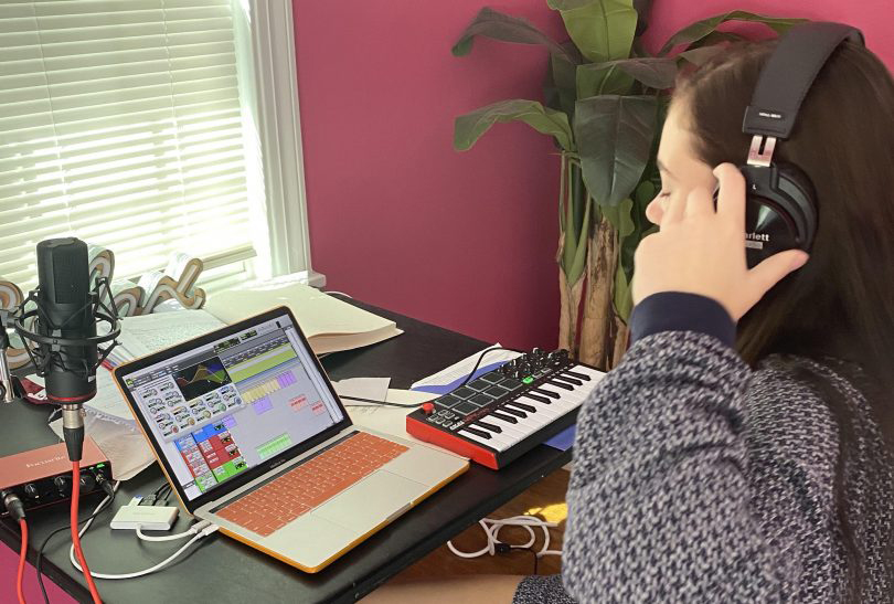 Transylvania University student Annahelen Croce working on a video project at home