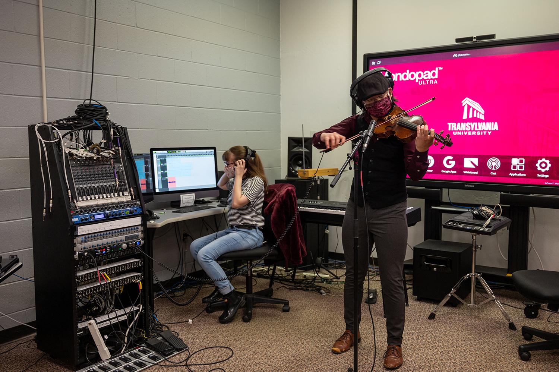 Transylvania students go 'above and beyond' to compose 'Carmilla' radio play music