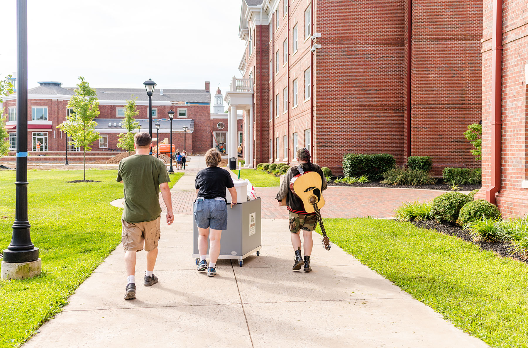 Transylvania welcomes Class of 2025 with annual Move-In Day, induction ceremony
