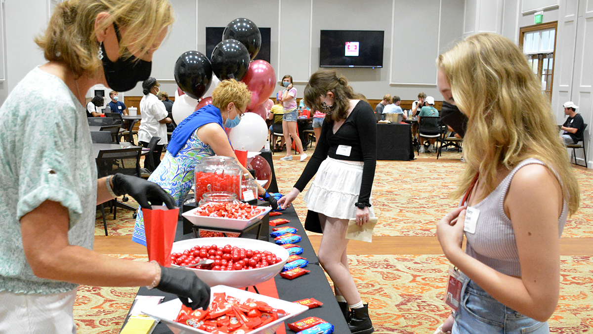 School color candy buffet a sweet treat for new Transylvania students