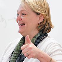 Dr. Julia Poynter